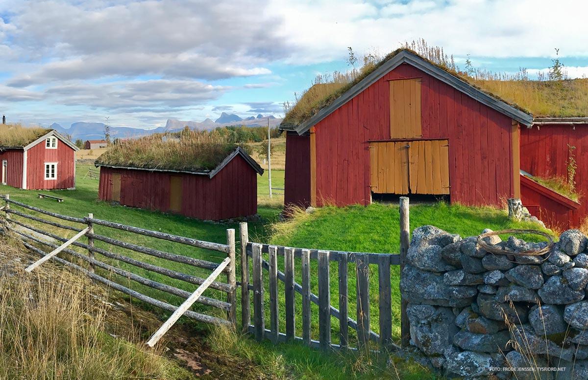 historisk fjøs - severdighet i Hamarøy