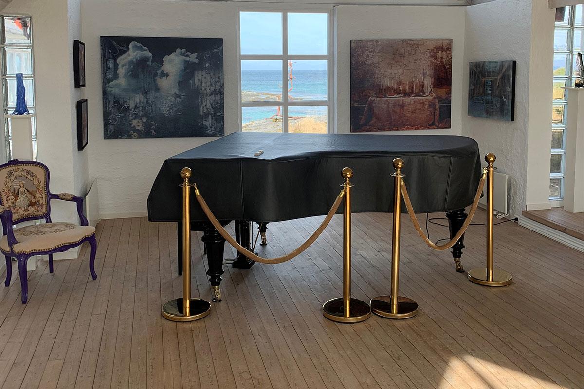 flygel i galleri severdighet i Hamarøy