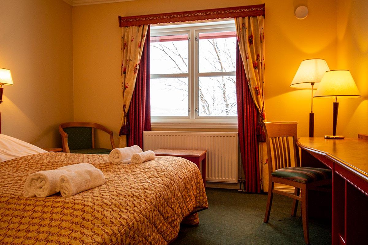 hotellrom overnatting i Hamarøy